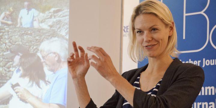 Psychologieprofessorin Sarah Diefenbach forscht u.a. zum Thema Technik und Wohlbefinden