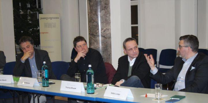 Diskutierten über die Online-Zukunft im Lokalen (von links): Matthias Oberth, Robert Hackner, Thomas Mrazek und Heiko Lindner