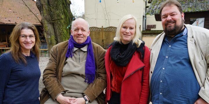 Gruppenbild des Vorstands der Fachgruppe Print mit  Margit Conrad, Bernd Schöne, Judith Stephan und Wolfgang Grebenhof