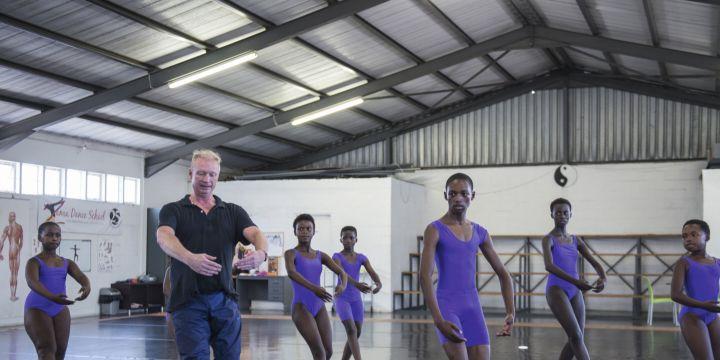 I like to dance