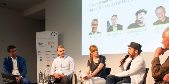 Diskussionsrunde bei den Lokalrundfunktagen 2016: Dennis Amour, Jannis Kucharz, Michael Praetorius und Uwe Tschirner