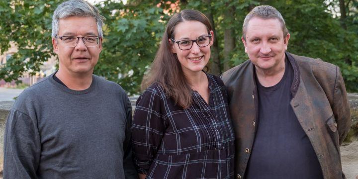 Bewährtes Trio beim Ortsverband Nürnberg: Jennifer Opel mit Thomas Tjiang und Hans von Draminski